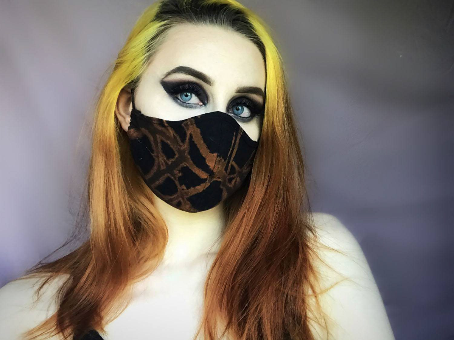 Hollie-Milne-Bleached-mask
